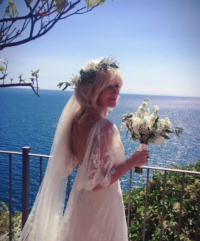 Hannah Wedding in Vernazza with music 2